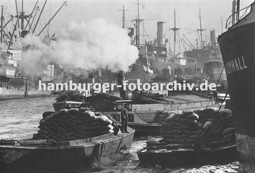 Fotodokumentation geschichte der arbeit im hamburger hafen lastkahn